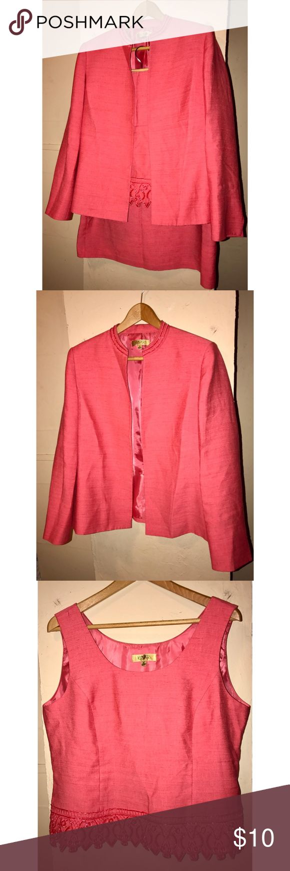 Women's skirt suit. 3 piece women's skirt suit. In good condition, some beading detail on the Blazer and top.                                 🔹Offers Welcome Skirts