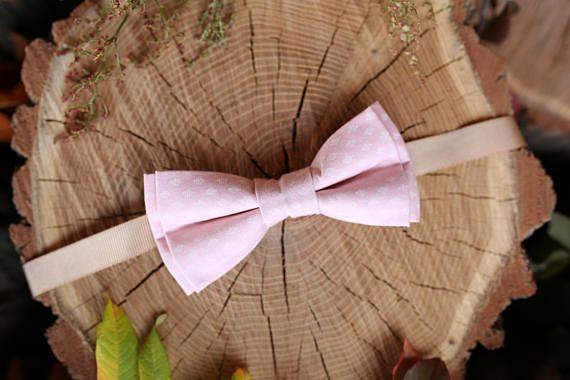Valentines gift For men Pink Bow tie Boys bowtie #weddings #accessories @EtsyMktgTool http://etsy.me/2wAO9OM #bowtie #valentinesgift #formen