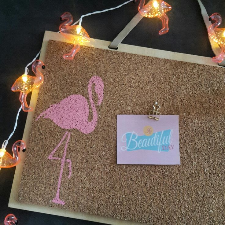 Pink flamingo pinboard