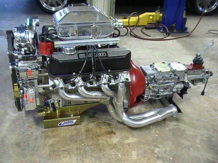 1967 Ford Mustang GT500 Engine
