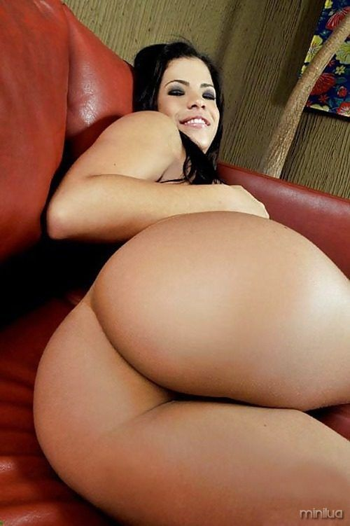 big butt latina nude