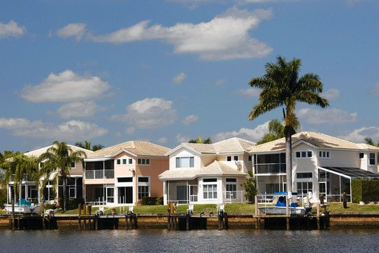 Own a vacation rental home? Make sure you're adhering to tax laws for rental income! This article from The Wall Street Journal outlines some of the most important points...