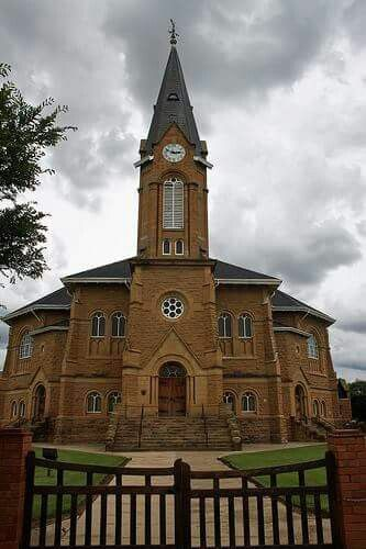 Did you know?    Warden has one of the largest Dutch Reformed sandstone Churches in South Africa, built in 1917 but only completed in 1923 after the local farmers sold off 600 sheep and 1500 head of cattle to subsidize its completion.     The Church is larger than the Sydney Opera House with seating for 1,750 persons. It is said that the sandstone contains various fossils like shell and little sea creatures proving that the area was under sea water at some stage.