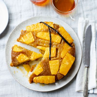 Salted caramel pineapple cake with vanilla