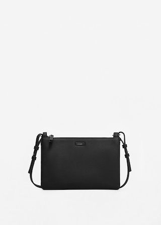Zipped pebbled bag | MANGO