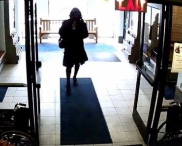 Police Say Man Dressed as a Woman Groped Girl in Library