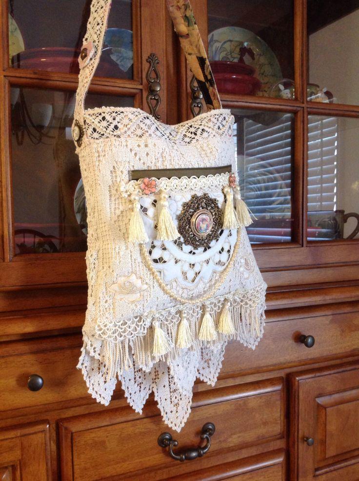 Victorian+vintage+crocheted+doily+lace+bohemian+shoulder+bag