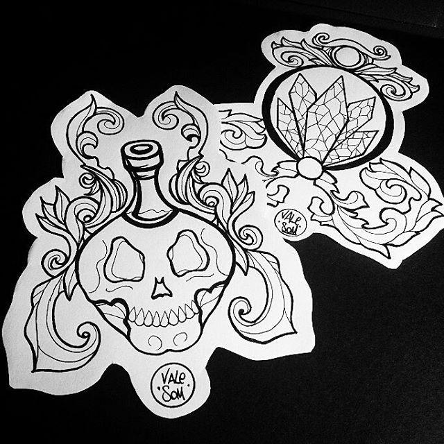 Flash available! #valesom #artwork #sketch #skull #jewel #blackline #myart #dublinart #italianart #flashtattoo #tattooed #ink #instaart #apprenticesig #tattoo #design #picoftheday #donotcopy #dublin #victorian #instagood #instaart #art #artist #tattoogirl #apprenticetattoos
