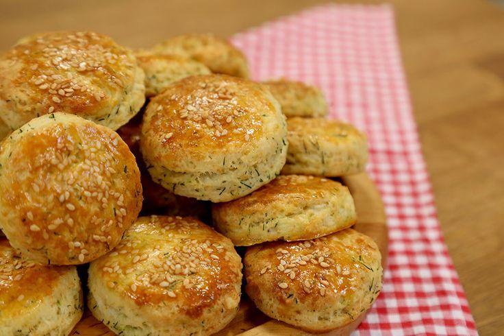 Dereotlu Beyaz Peynirli Bisküvi