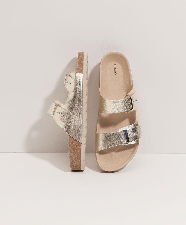 Sandale cu baretă dublă - BEACHWEAR - Tendinţe SS 2017 în moda pentru femei, pe Oysho online: lenjerie intimă, lenjerie, îmbrăcăminte sport, etnică, boho, pantofi, accesorii şi modă de plajă.