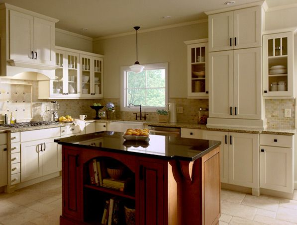 Shaker Painted Cream Kitchen Cabinets