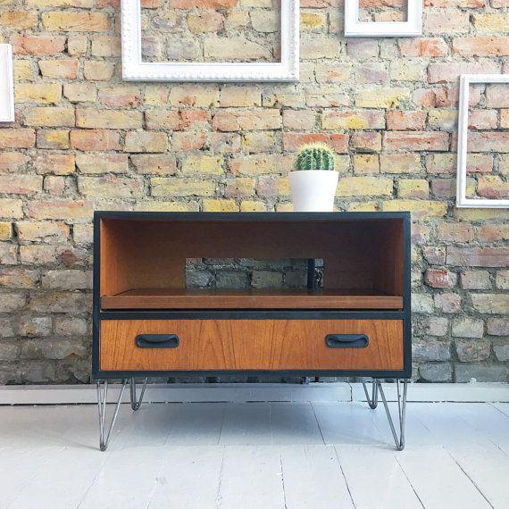 Reciclado vintage retro mediados siglo gplan TV soporte de patas de la horquilla industrial gabinete