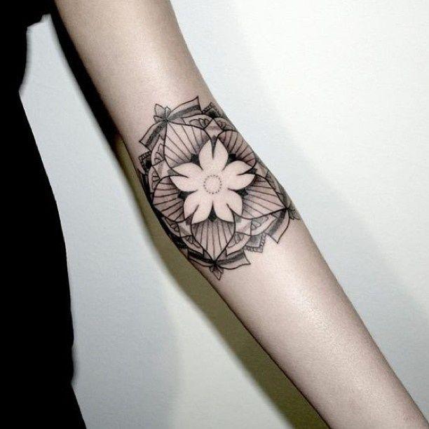 Jasmine Flower Tattoo Designs: 40 Best Jasmine Flower Tattoo Awesome Images On Pinterest