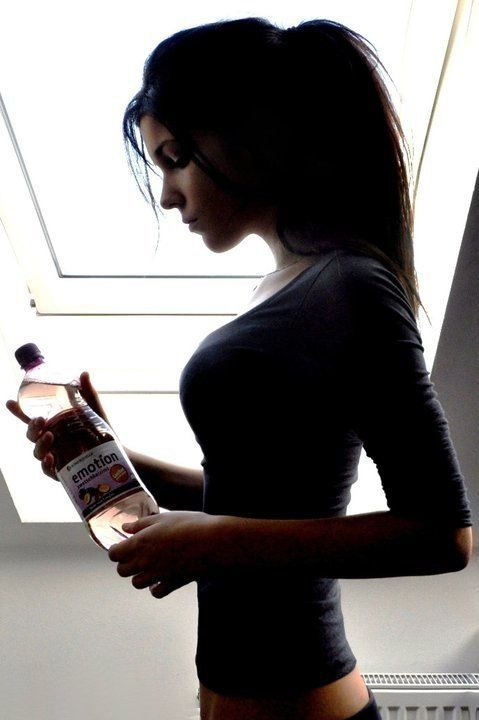 Easy way to lose weight - drink water! - article.
