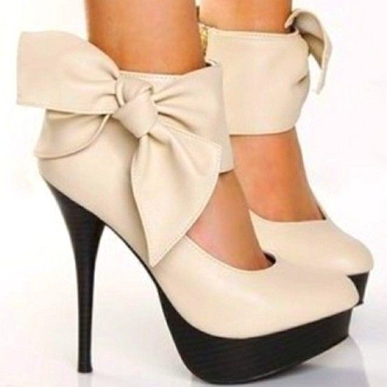 So I think I just found the most adorable shoes evaa!