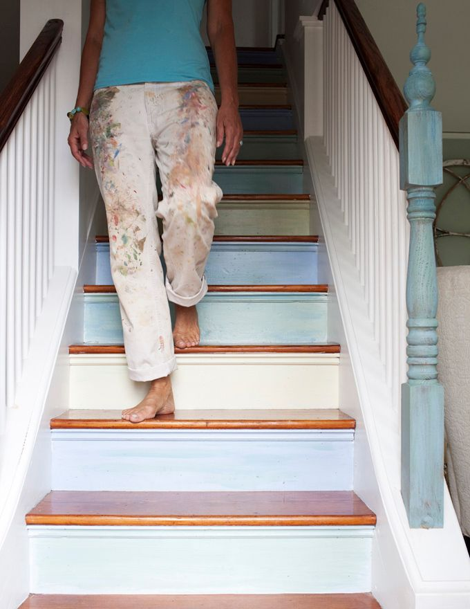 Cool idea for painted stair risers. Simple, but special!