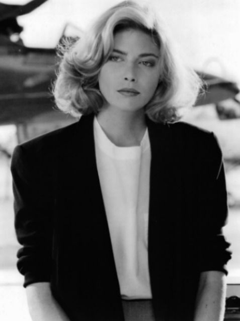 Gorgeous Kelly McGillis from the 80's! Did you look this good back then?  http://www.ivillage.com/vintage-photos-actresses-1980s/1-a-538990