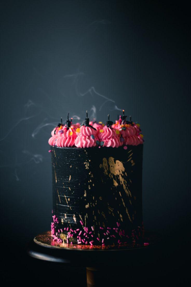 Vanilla Unicorn Cake with Black buttercream
