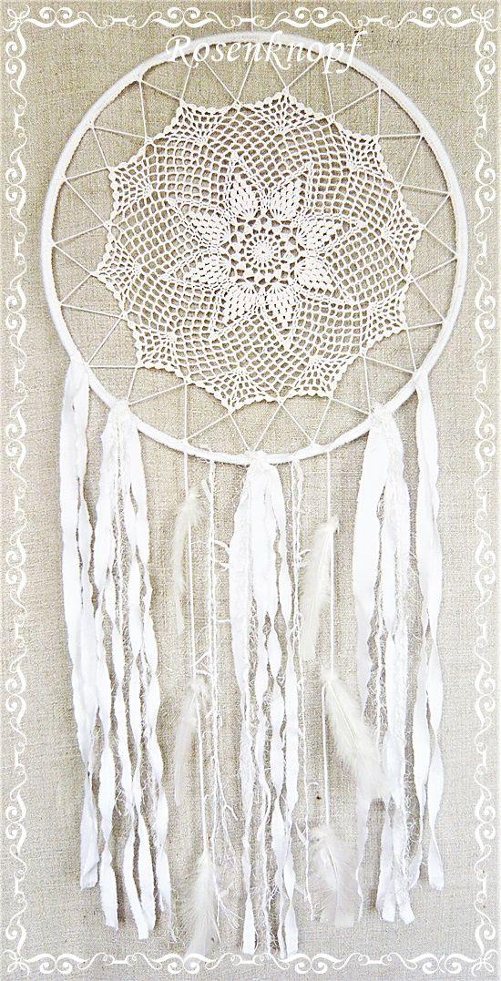 XXL Traumfänger In Weiß Mit Spitzendeckchen, Shabby Geschmückt Mit Federn  Und Bändern♥