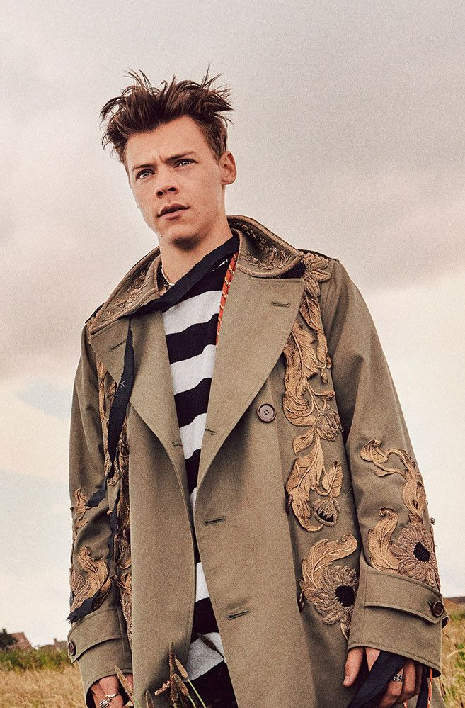 Dashing Harry Styles in the sold out Another Man cover issue. Best Harry Pins at rickysturn/harry_styles