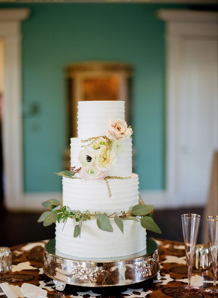 Alison & Ramsey's wedding at The William Aiken House in Charleston, SC | Cake made by PPHG Pastry Chef Jessica Grossman | Real wedding featured on Style Me Pretty Southeast | Photograph by Marni Rothschild Pictures