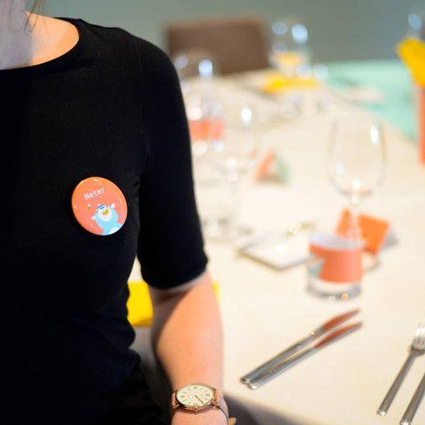 Geef net dat tikkeltje extra aan je feest met deze badges van Honingbeertje Hans! #badges #babyborrel  #communie #kinderfeestje #beaublue
