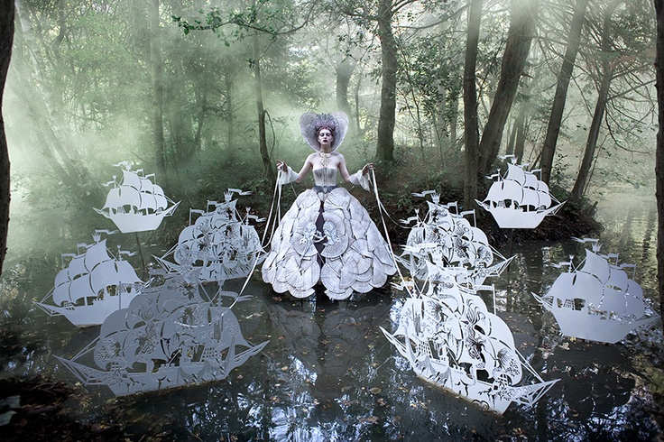 -Kirsty Mitchell: Alexander Mcqueen, Wonderland, The Queen, English Teacher, Portraits Photography, Ships, Fashion Photography, Fairies Tales, Kirstie Mitchell