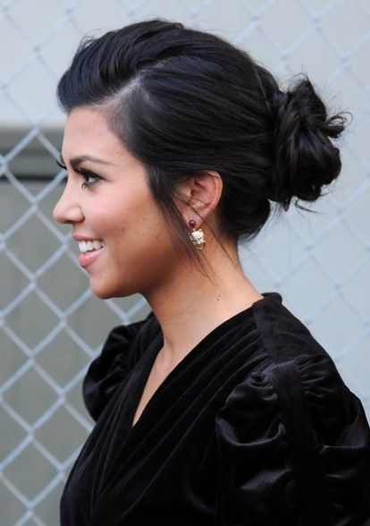 classic bun: Hair Ideas, Kourtney Kardashian, Kourtneykardashian, Hair Makeup, Cute Hair, Messy Buns, Hairstyle, Hair Style, Low Buns