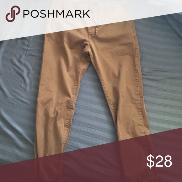 JOGGERS! Really nice! Pair of brown joggers! Really nice! Worn one time by my son! Bullhead Pants Chinos & Khakis