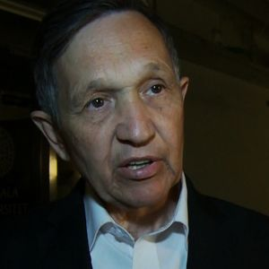 Perhaps the US can learn from political interaction in Sweden. See http://www.democracynow.org/2014/7/3/dennis_kucinich_on_the_iraq_crisis