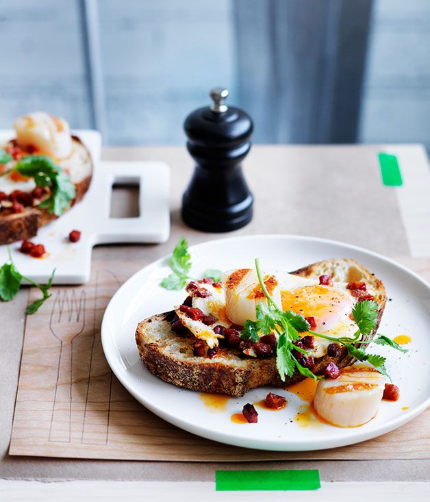 Australian Gourmet Traveller recipe for scallops, chorizo and fried eggs on toast by Ben Greeno from Momofuku Seiobo in Sydney.
