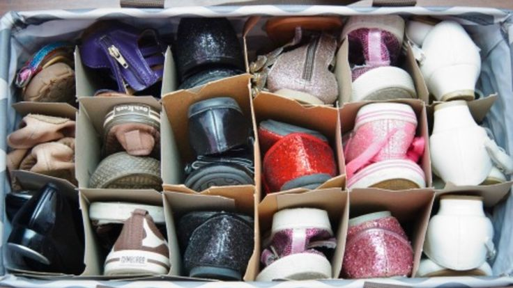 5 Smart Ways to Keep Your Shoes Tidy: Get rid of that clutter problem with these 5 ways to help tidy up your shoes.