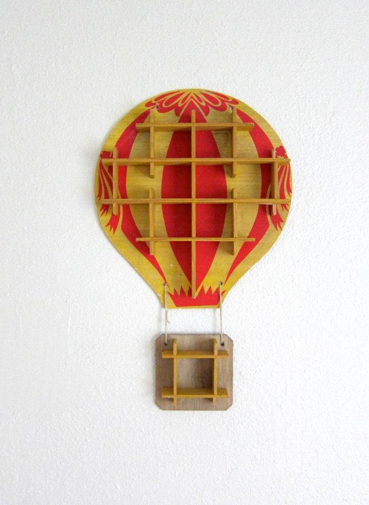 Vintage Hot Air Balloon Shelf Display Case