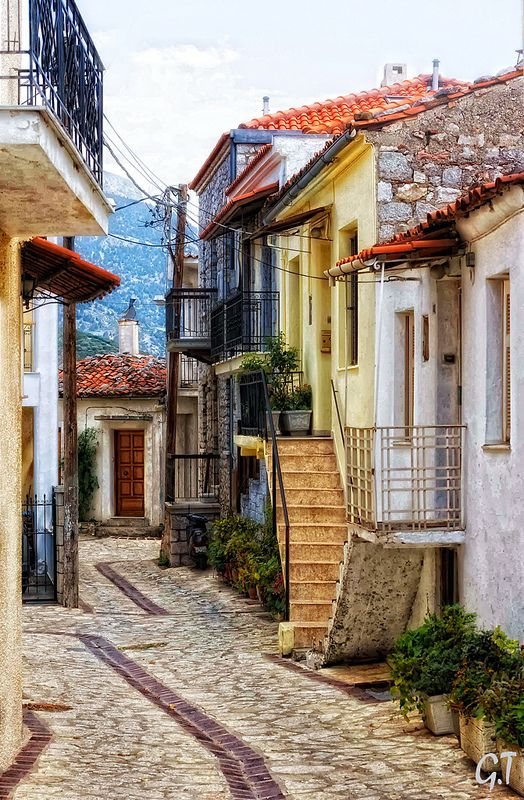 Central Greece, Arachova Village #destination #mainland #greece