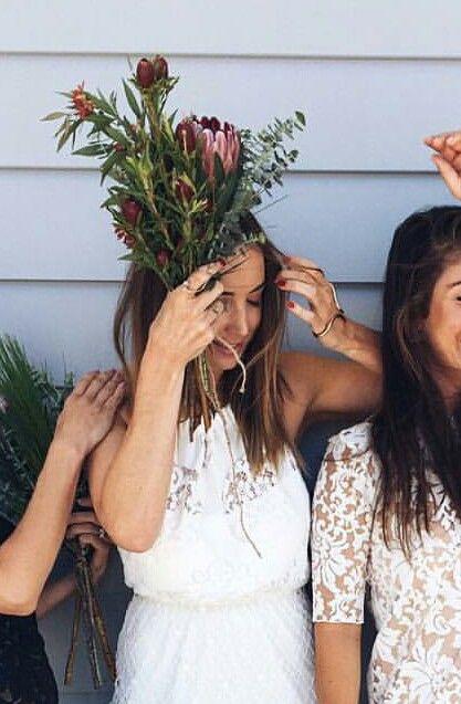 Earthy bridesmaid bouquet