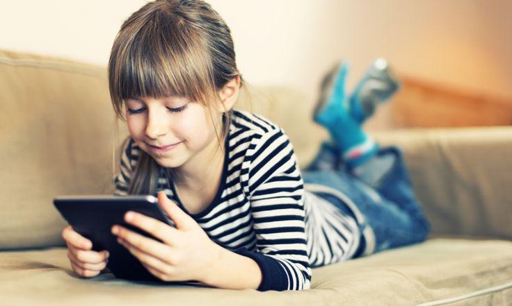 В этой статье мы не будем говорить о влиянии планшета на здоровье, коммуникативные и социальные навыки ребенка. Наша идея заключается в том, чтобы ознакомить читателя с функциями, которые предлагает современная технология для детей. Прежде, чем мы начнем рассматривать технические характеристики планшетов отметим, что они могут быть полезными для ребенка. Во-первых, в качестве записной книжки. Планшеты […]