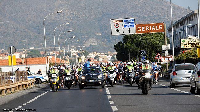 Tutto pronto per la 5a edizione della #Granfondo Città di #Loano, con il conto alla rovescia per la manifestazione del prossimo 15 marzo che è ormai agli sgoccioli.  Ecco le ultime novità e le info utili per la gara  http://www.mondociclismo.com/granfondo-citta-di-loano-2015-ultime-novita-e-info-utili20150311.htm  #ciclismo #mondociclismo #Liguria