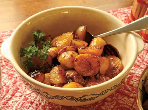 Boiled potatoes get dressed up with this Icelandic recipe for potatoes browned in sugar.