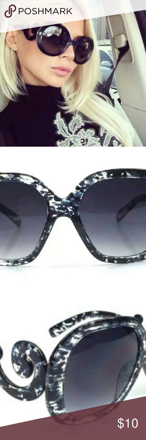 Women's Vintage Sunglasses New with tags Accessories Sunglasses
