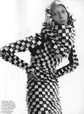 Plastic Paradigms: Squares and Matrices - The Semiotics of Modernism in Fashion and Textiles
