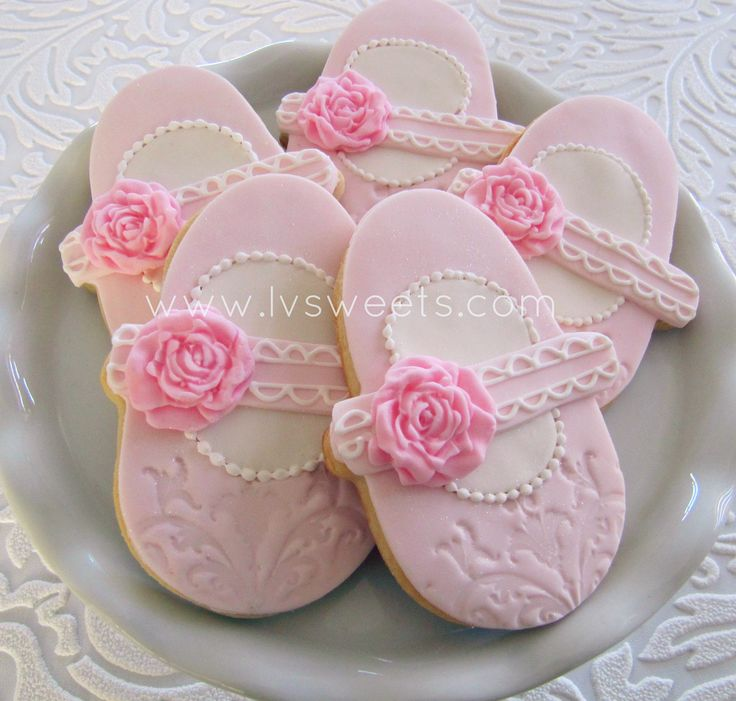 Baby pink shoe with rose accent | L&V sweets | Flickr