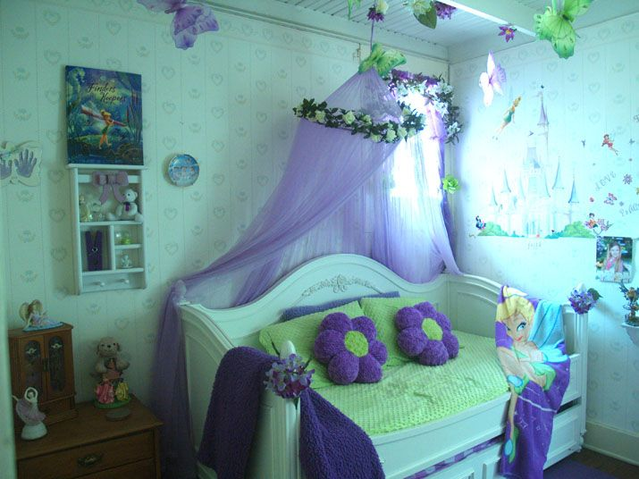 I dunno whatu0027s up with the castle but the canopy is awesome & 25 best tinker bell images on Pinterest
