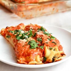 Spinach and Crepe Manicotti. A classic italian dish made with crepes.  8/10.  Very nice over all.  Created with tofu meat crumbles instead or sausage, but still an excellent flavor.  Covering sauce could use an extra 30 minutes to cook down the raw tomato flavor