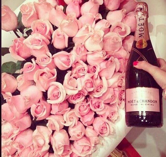 Moet pink rose