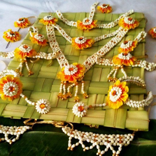 Floral Art Info & Review | Trousseau & Gift Packaging in Mumbai,Pune #floraljewellery #wedmegood