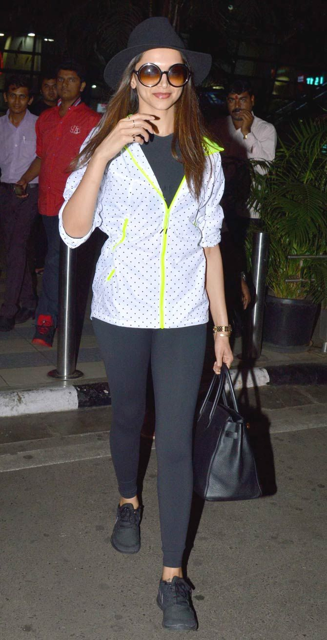 Deepika Padukone sported a chic look at the Mumbai airport. #Bollywood #Fashion #Style #Beauty #Hot #Leggings