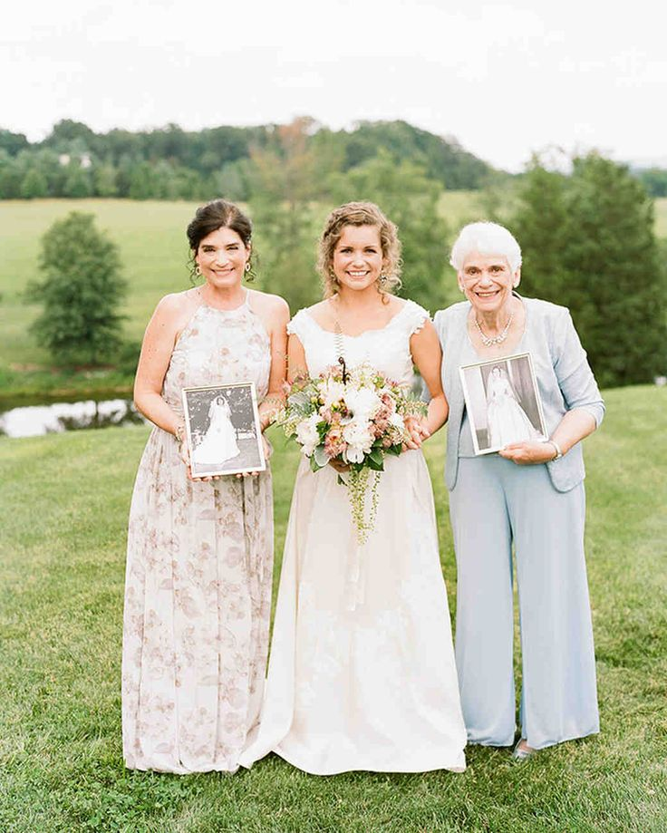 4 Thoughtful Ways to Incorporate Your Parents' Wedding