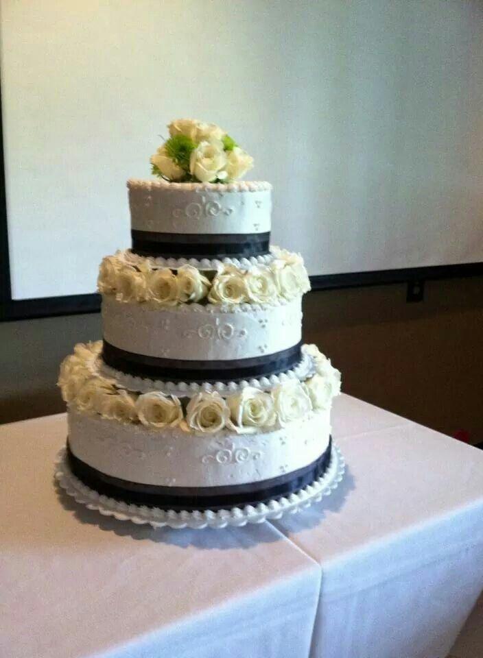 Wedding Cake- guave flavor