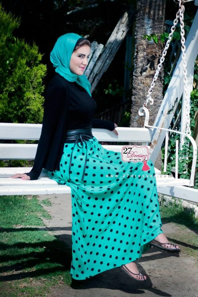 dots maxi skirt  Hijab casual outfits by 27dressesz http://www.justtrendygirls.com/hijab-casual-outfits-by-27dressesz/