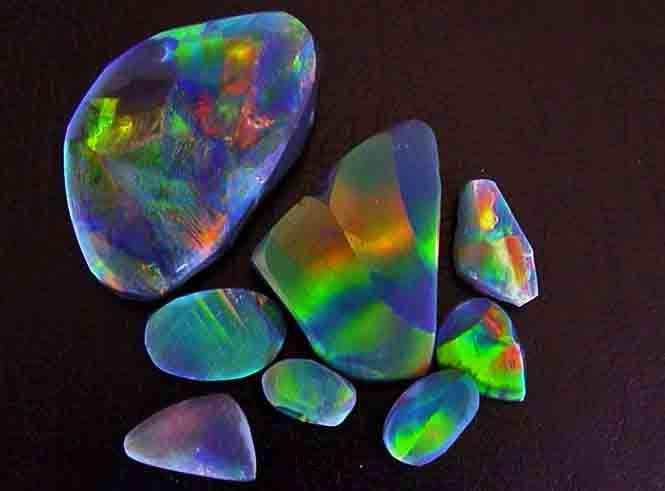 Opalos negros de Australia